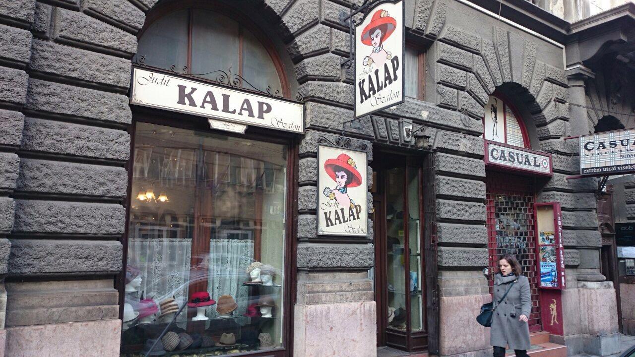 Kapcsolat - Judit Kalapszalon Budapest 742848dac1